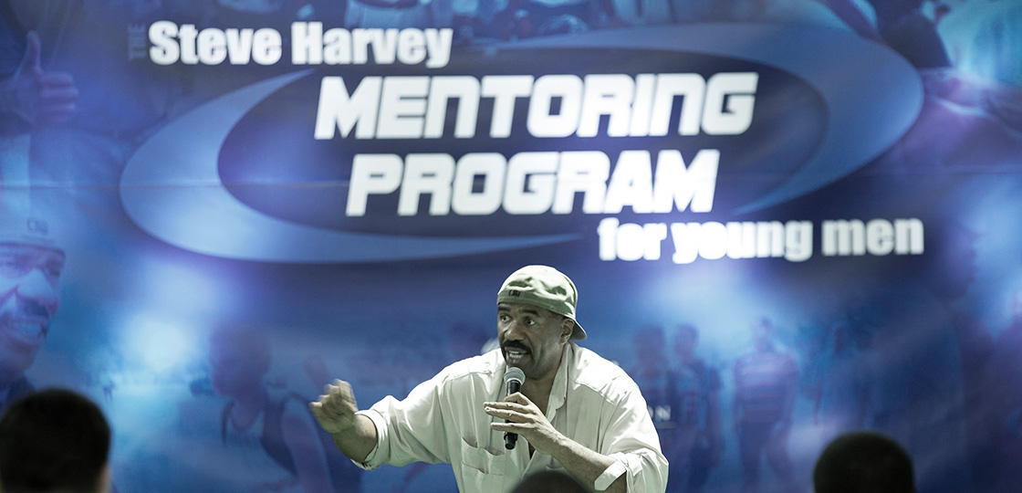 Steve Harvey Hosts 100 teen boys in a 3 day mentoring program